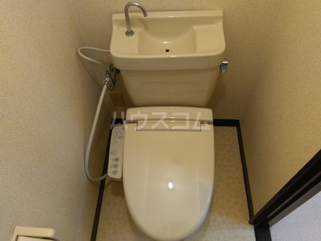 アーク谷在家 101号室のトイレ