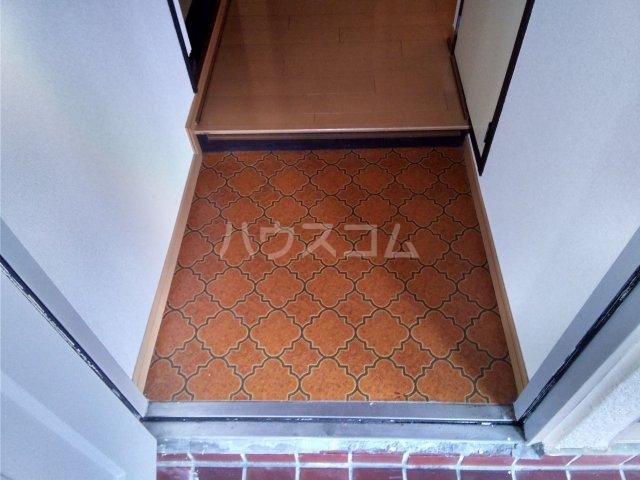 アーク谷在家 101号室の玄関