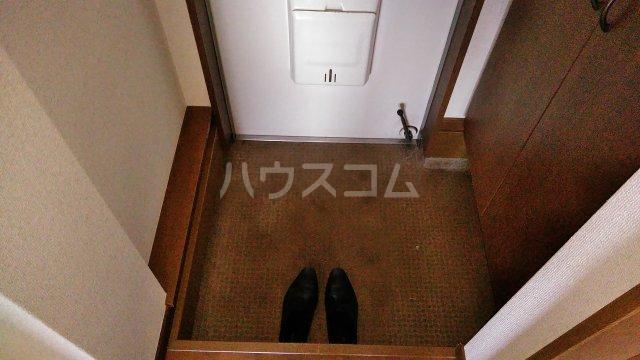 イーストビレッジ 101号室の玄関