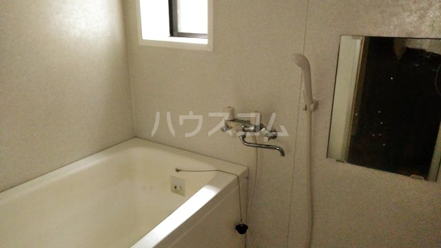イーストビレッジ 101号室の風呂