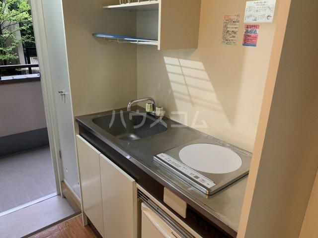 ファインパレス 102号室のキッチン