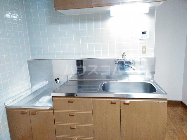 メゾンサンライズ 304号室のキッチン