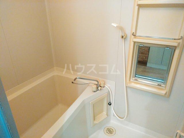 メゾンサンライズ 304号室の風呂