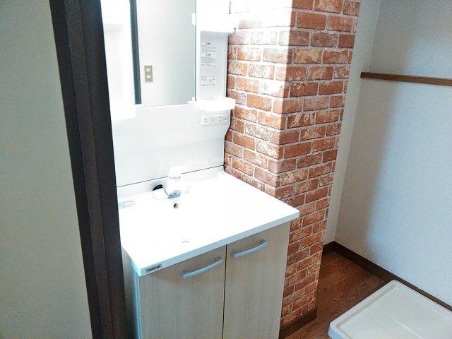 メゾンサンライズ 304号室の洗面所