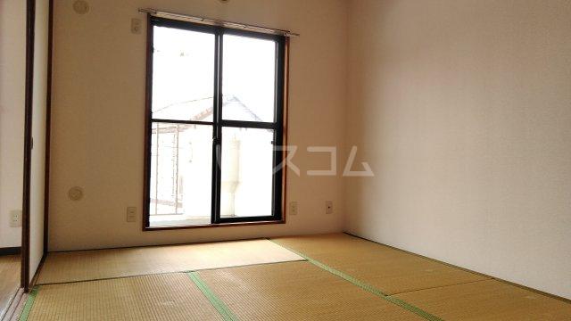 ベイフロント・サワノ 201号室の居室