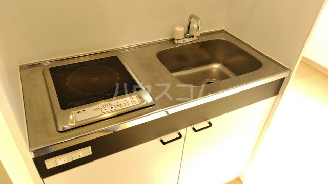 クラーニヒ ハウス 102号室のキッチン