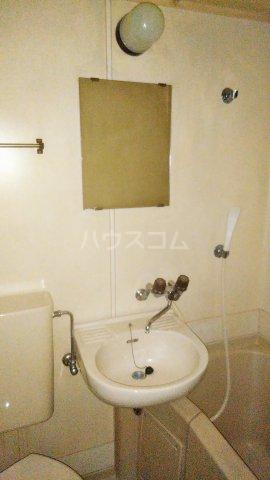 レオパレス矢向 207号室の洗面所