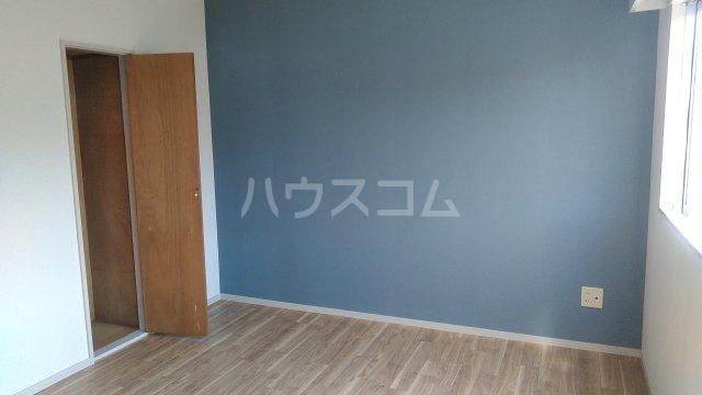 サンハイム木星 303号室の居室