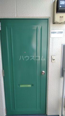サンハイム木星 303号室の玄関