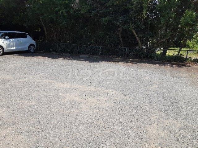 コーポ川崎 103号室の玄関