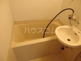 アドバンス一号館 306号室の風呂