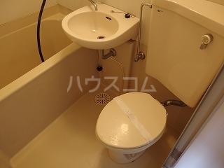 アドバンス一号館 306号室のトイレ