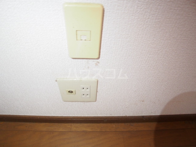 イーストビレッジ 202号室の玄関