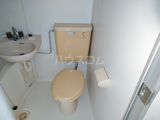 サンライト日吉 207号室のトイレ