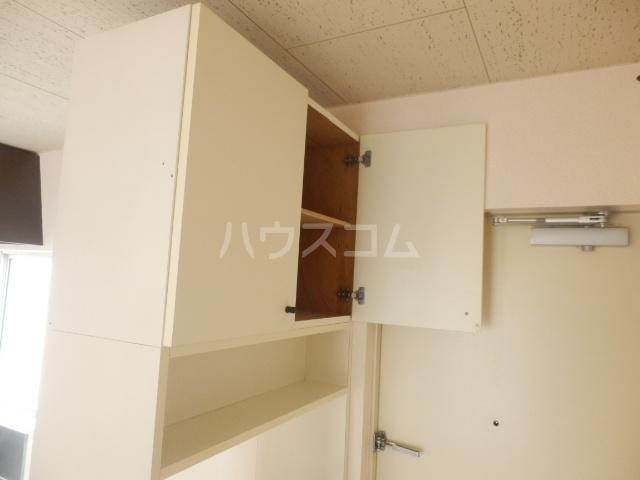 クローカスB 203号室の収納