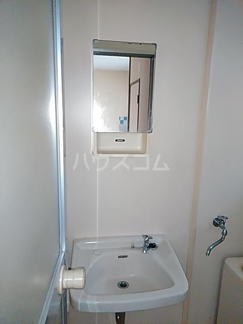 マロニエコート 102号室の洗面所