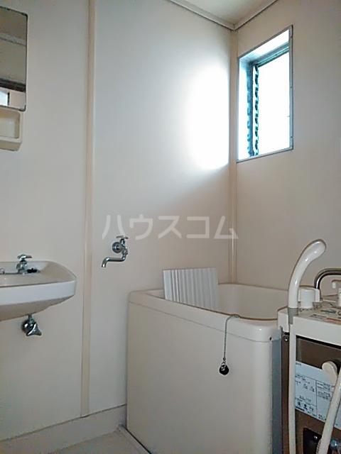 マロニエコート 102号室の風呂