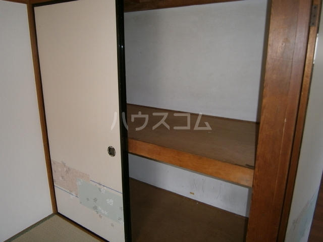 コーポ大竹 201号室の収納