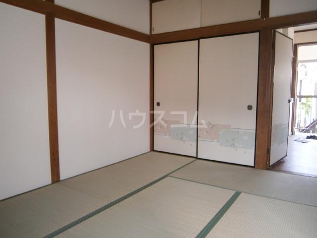 コーポ大竹 201号室のベッドルーム