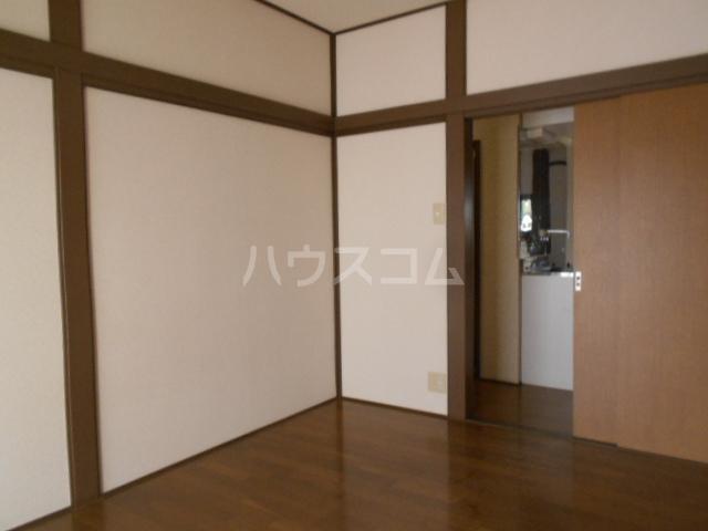 宮本コーポ 101号室のリビング