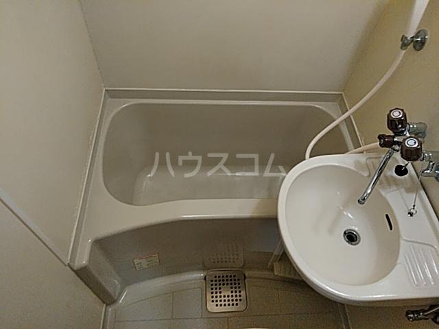 東早ビル 102号室の風呂