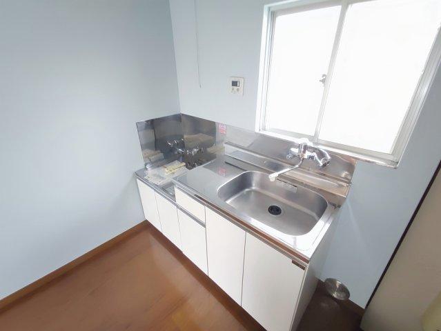 メゾン道 101号室のキッチン