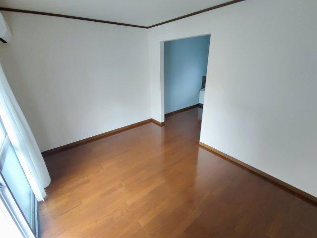 メゾン道 101号室の玄関