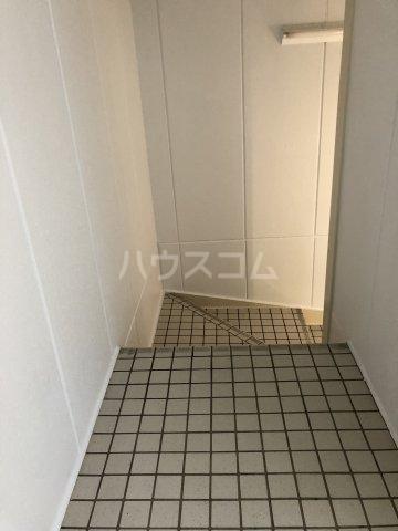 グレイス田代 205号室の玄関