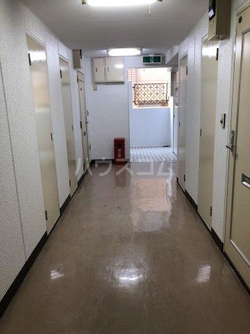 グレイス田代 205号室のロビー