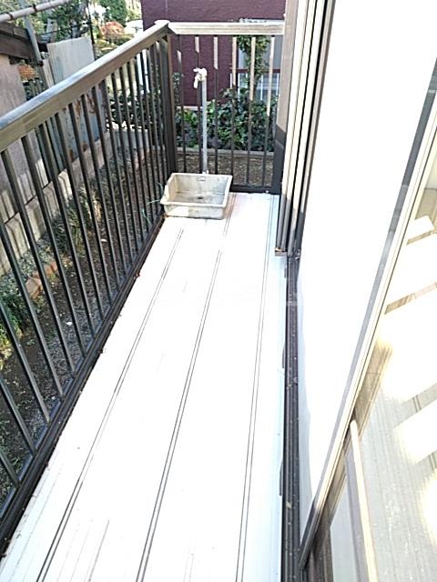 シティハイム日吉 102号室のバルコニー