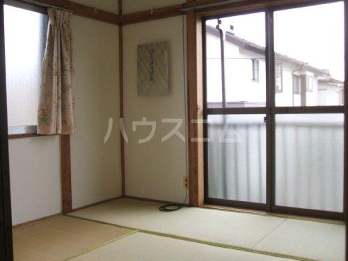 桃山荘 208号室の居室