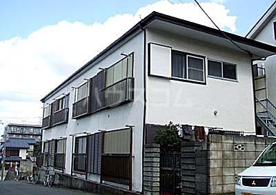 桃山荘 208号室のエントランス