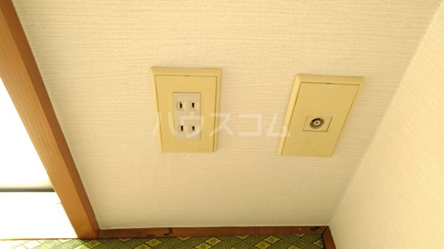 アーバンドエル春美 303号室の設備