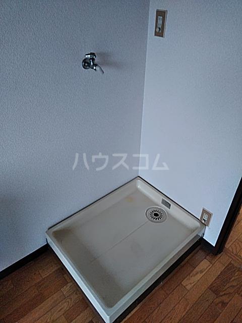 エスポワール綱島 303号室の洗面所