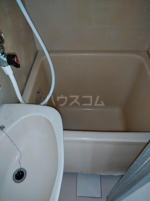 エスポワール綱島 303号室のトイレ