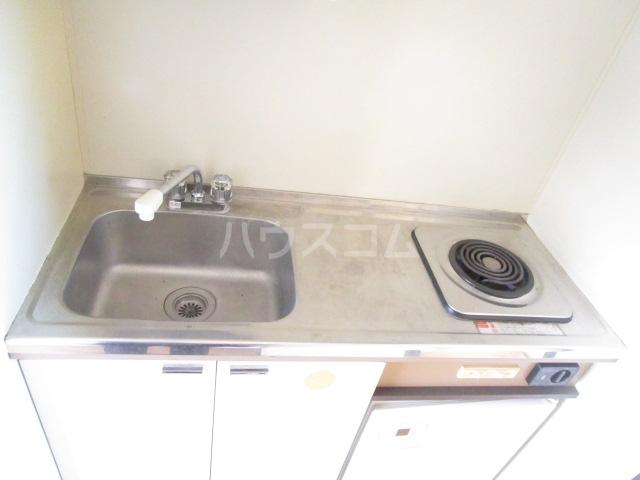 スペース1990 302号室のキッチン