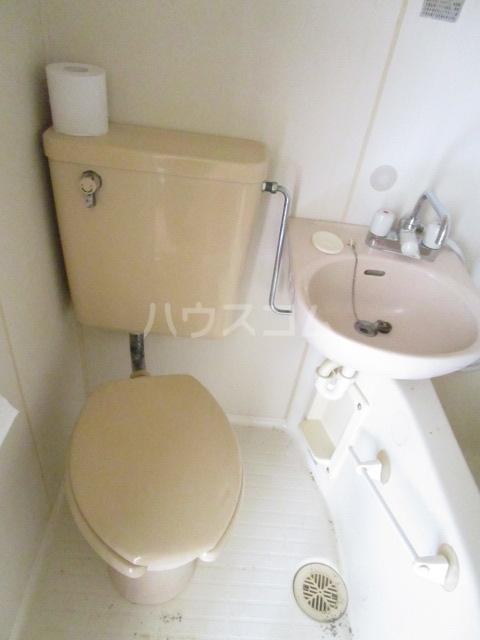 スペース1990 302号室のトイレ