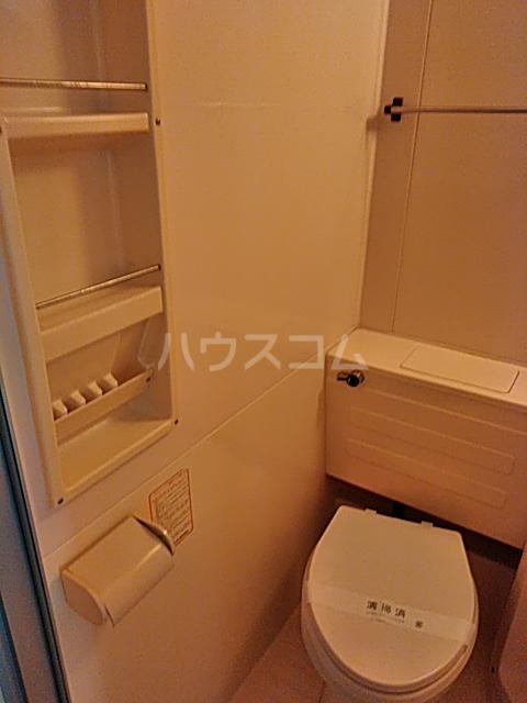 ハイタウン綱島 406号室の洗面所