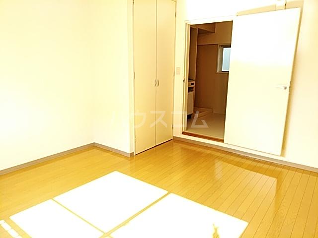 ホワイトボックス 103号室の居室