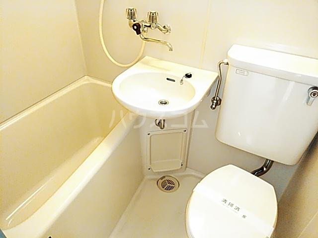 ホワイトボックス 103号室の風呂