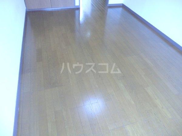 サンライズベル 201号室の収納