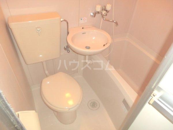 サンライズベル 201号室の風呂
