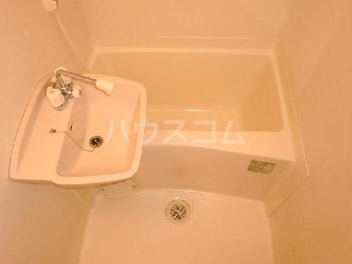 レオパレス村山 103号室の洗面所