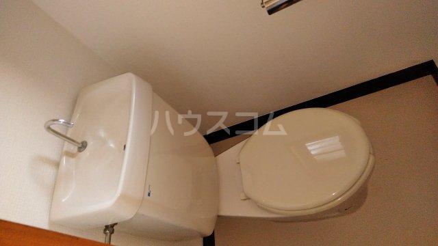 スカイコーポ 101号室のトイレ