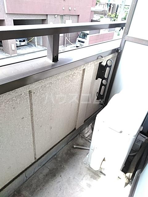 ボーテ日吉シェモア 1042号室のバルコニー