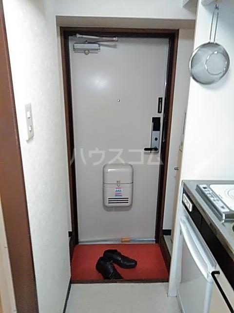 ボーテ日吉シェモア 1042号室の玄関