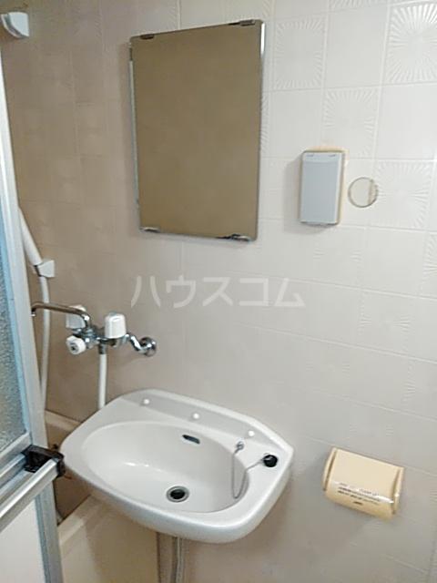 ボーテ日吉シェモア 1042号室の洗面所