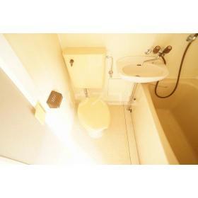 パース国立 203号室の洗面所