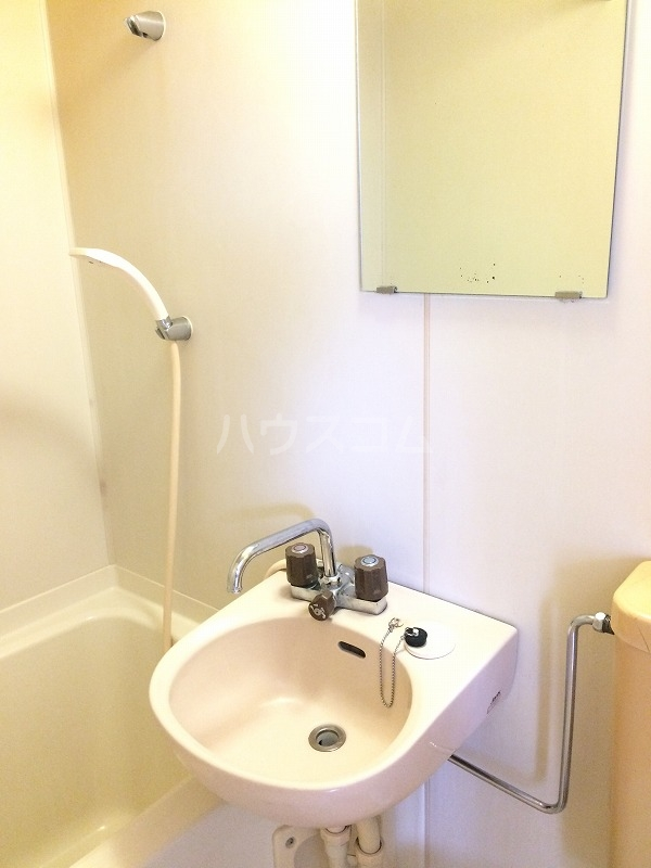 サンライト日吉 308号室の洗面所