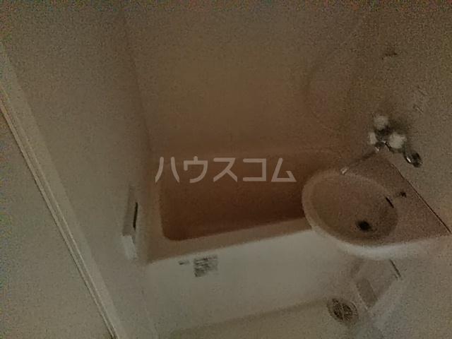ラウール日吉 303号室の風呂